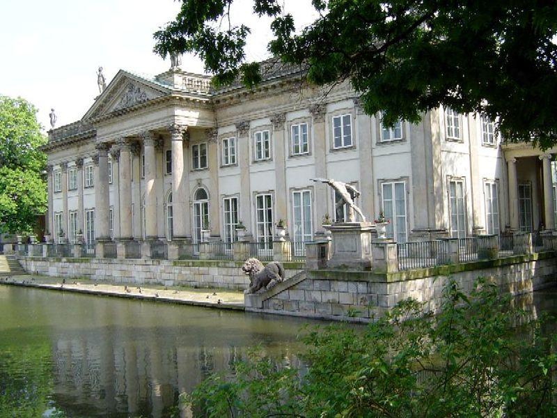Muzeum łazienki Królewskie Muzea W Polsce Warszawa